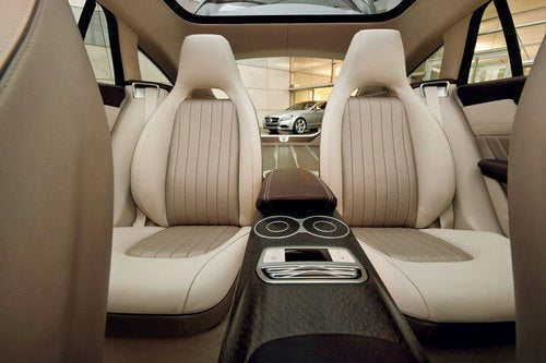 Mercedes-Benz CLS Shooting Break Concept: Interior Photos