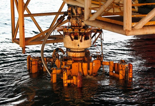 BP's Busted Blowout Preventer Resurfaces, Investigation Begins