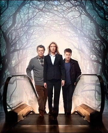 Fringe Season 4 Poster Gallery