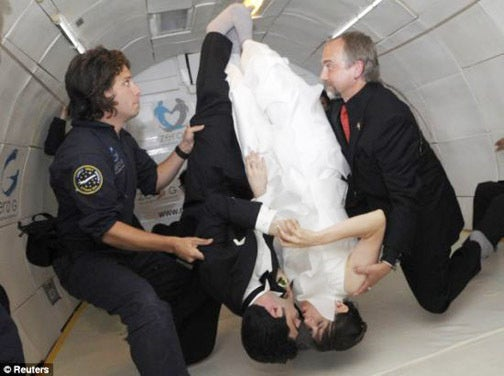 "Couple Says ""I Do"" In Zero Gravity, Leads Subsequently More Boring Life Together"
