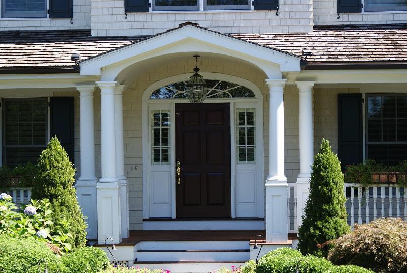 Will You Please Buy Glenn Beck's House? - Photos