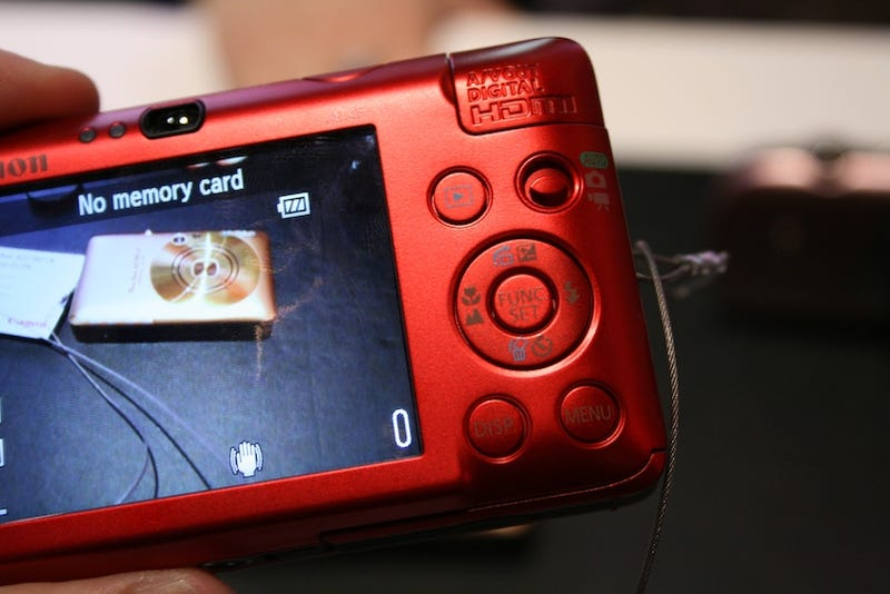 Powershot SD780 Is the Puny Point-and-Shoot Canon Employees Wanna Take Home