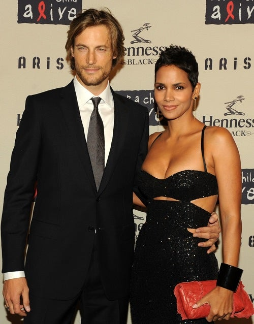 Halle Berry Is Single, And Other Exciting News for Guys