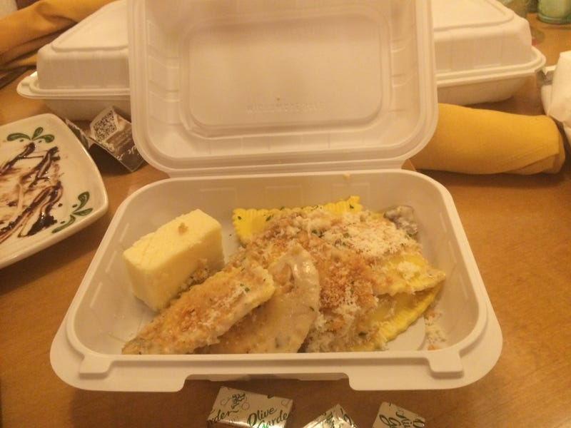 Hey, Everybody: Today I Went to The Olive Garden! A Photo Essay