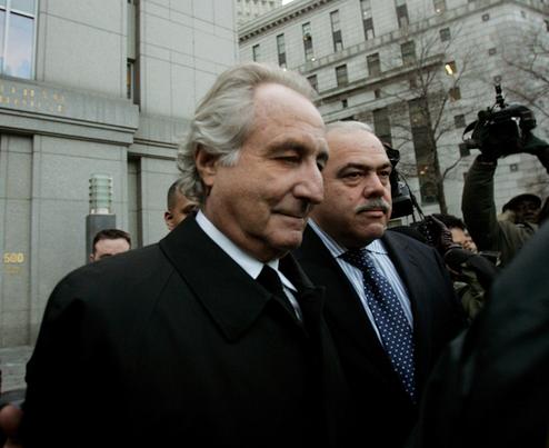 Jewelry-Mailing Madoff a Menace to Society, Prosecutors Say