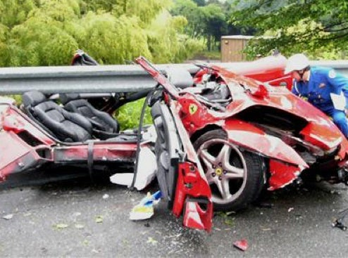 Ferrari F355 Becomes A Spider, Driver Manages Not To Lose His Head