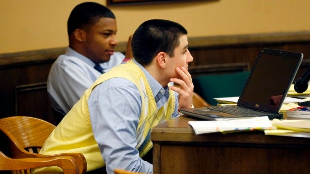 """""""She Was Like A Dead Body"""": Text Messages Read Aloud During Day 2 Of Steubenville Rape Trial"""