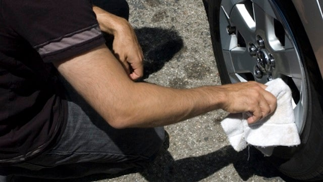 Clean And Detail Your Own Car To Save Money