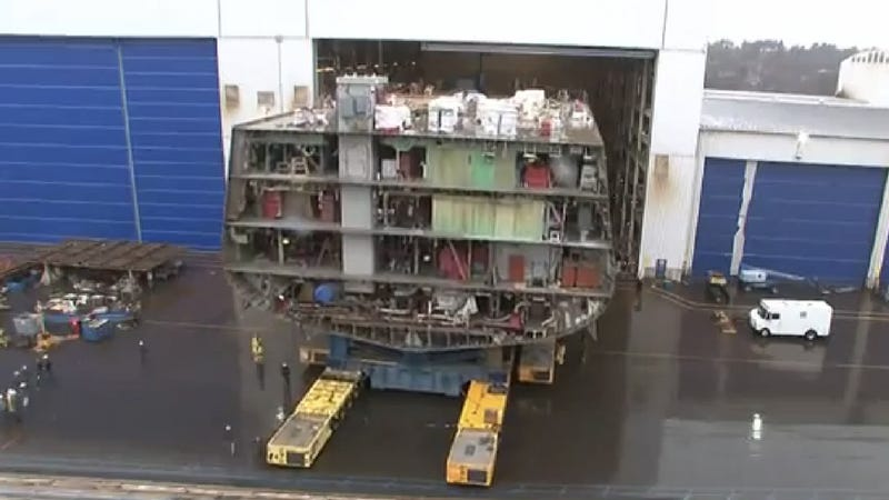 Rolling 4500-Ton Blocks of Steel Seems Like a Lot of Fun