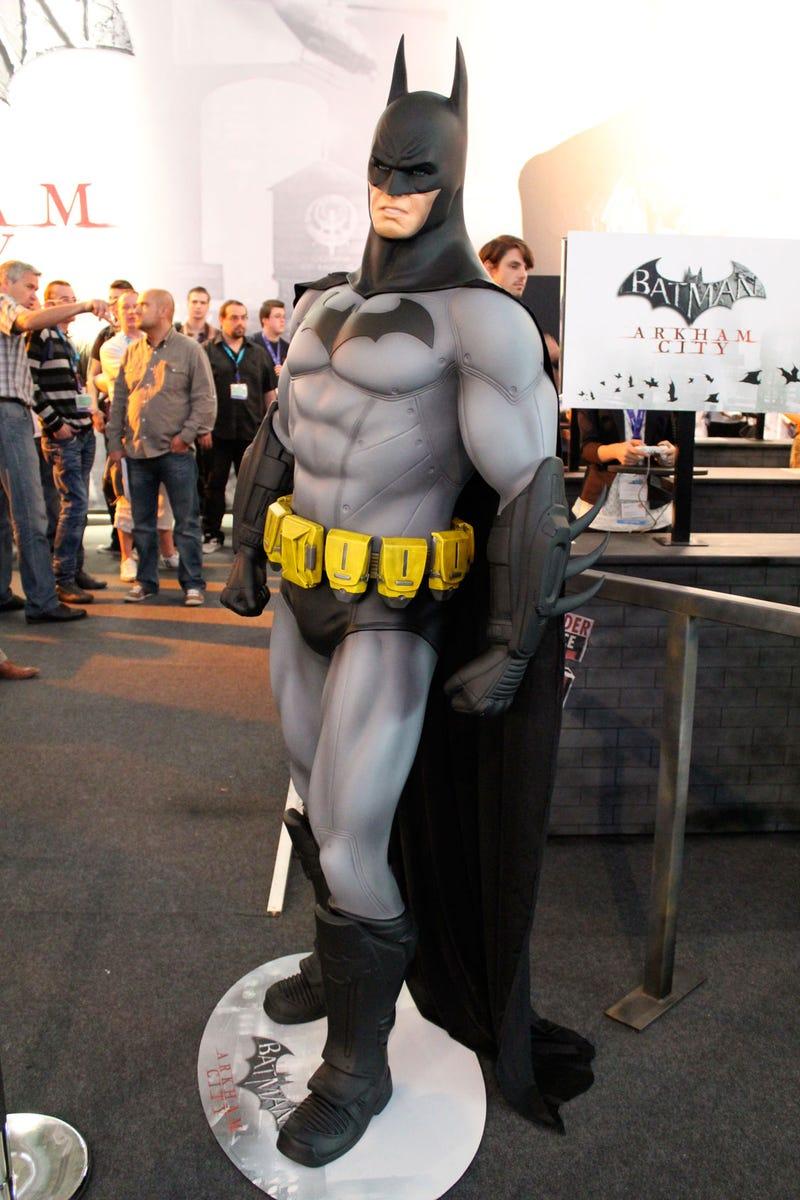 Batman Keeps An Eye On Gamescom