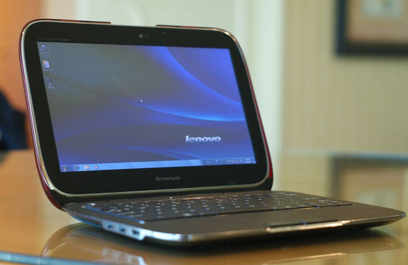 IdeaPad U1 Hybrid Hands-On: Meet Voltron. He Could Be Amazing.