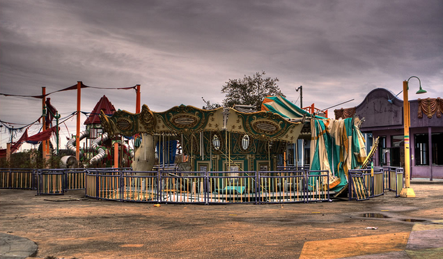 Jurassic Park 4 is being shot in this gorgeous abandoned amusement park