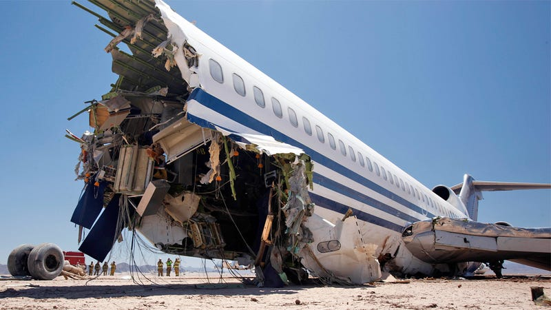 This 727 Was Deliberately Crashed In the Desert For a TV Show We Can't Wait To See