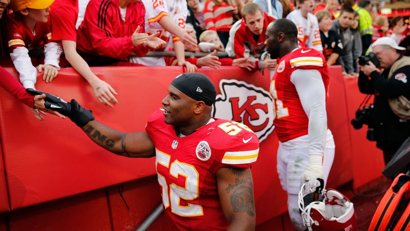 Before Kansas City Chiefs Game, a Moment of Silence For Victims of Domestic Violence