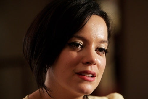 Lily Allen's Face: Not Thin Enough For British Elle?