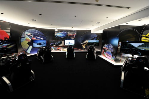 To-Do In New York: Play Gran Turismo 5 In Style