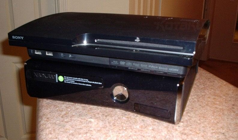 18j3e3jhab7rhjpg jpgPs3 Super Slim Vs Xbox 360 Slim
