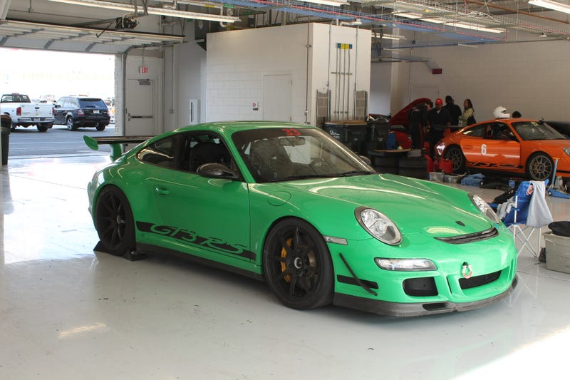 Why A 911 GT3 RS Is The Perfect Car For Injured People