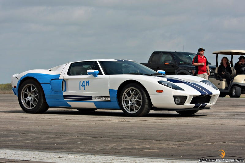 Twin-Turbo Ford GT burns to an ironic crisp
