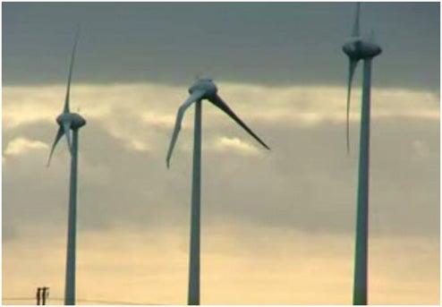 Aliens Send a Message to UK: Wind Power Sucks