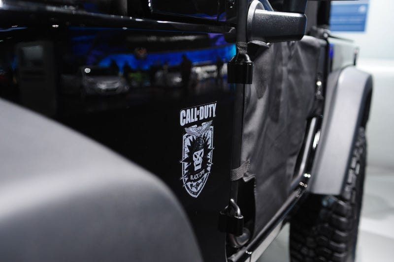 Call Of Duty Black Ops Jeep: Live Photos