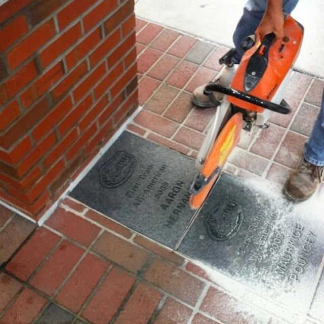 Florida Removes Aaron Hernandez's Commemorative All-American Brick
