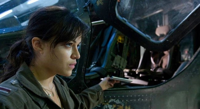 Spoiling Modern Warfare 2 for Michelle Rodriguez