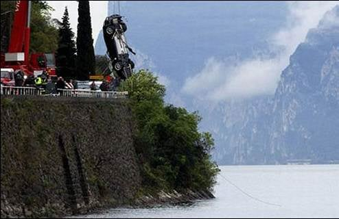 James Bond's Aston Martin DBS Swan Dives Into Italian Lake