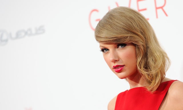 Is Taylor Swift Living, and Maybe in Love, With a Woman?