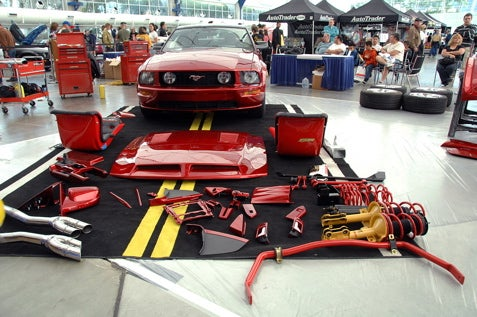 Fast And Furious 4 Mustang Built Live For Auto Show Crowd