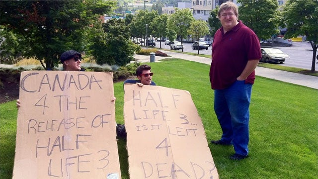 What Did Gabe Newell Say to the Half-Life 3 Protesters?