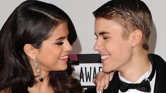 photo: senior dating kissing freshman teen