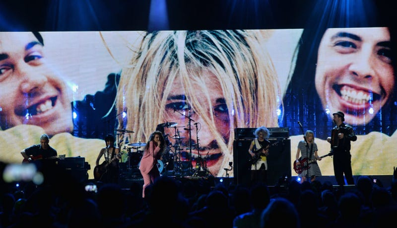 Lorde, Joan Jett Join Nirvana for Hall of Fame Induction Concert
