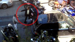This One Man Stopped The Biker Beating Of Range Rover Driver