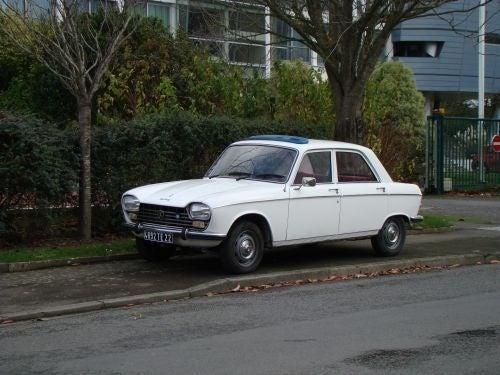Peugeot 204 Down On The Saint-Brieuc Street
