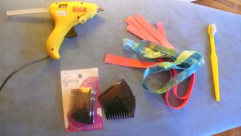 How To Make A Colorful Wrapped Hair Comb