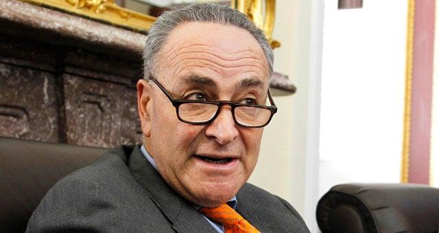 Senators' Overheard Chatter Reveals That Politicians Have 'Talking Points'