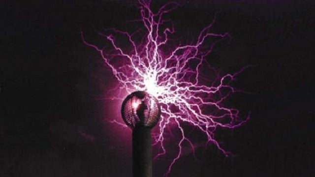 High-Energy Guru Is Building the World's Biggest Tesla Coils