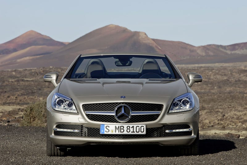 2012 Mercedes SLK: First Photos