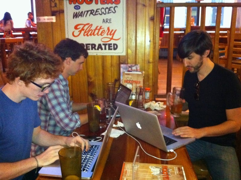 25 Websites Hooters Won't Let You Ogle