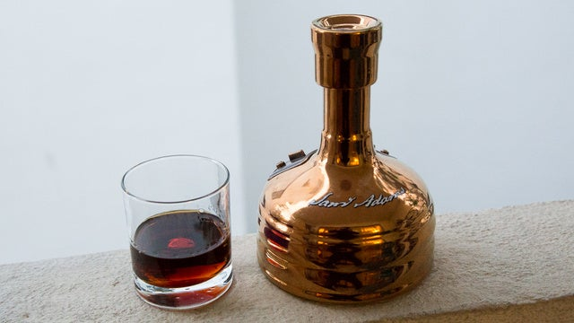 Gift Guide Roundup: Your Best Suggestions For Drinkers