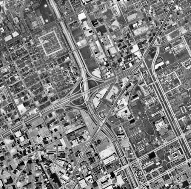 7 Photos Showing How Detroit Hollowed Out During the Highway Age
