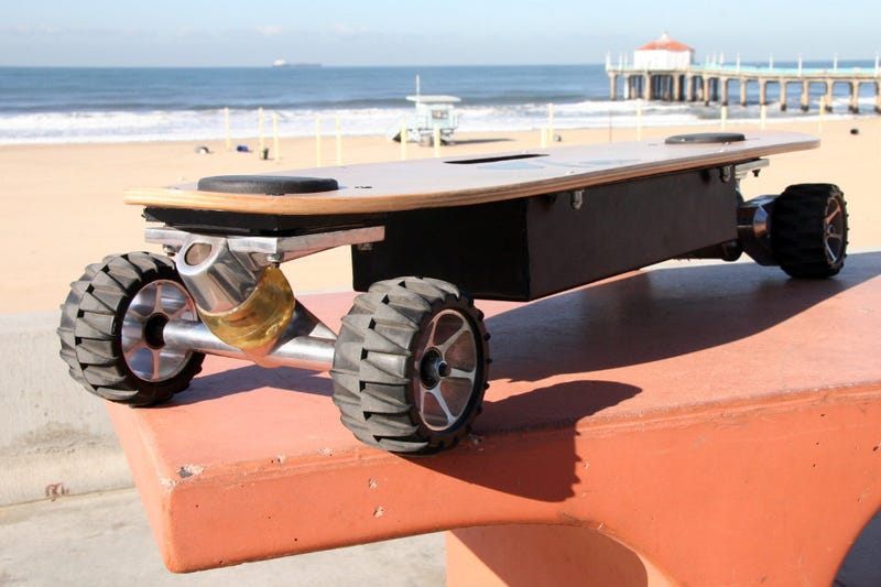 The Electric Skateboard Built to Actually Ride Like a Skateboard