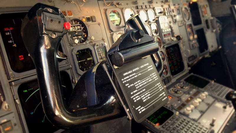 Hackers Can't 'Cyberhijack' Planes, But Can Still Cause Problems