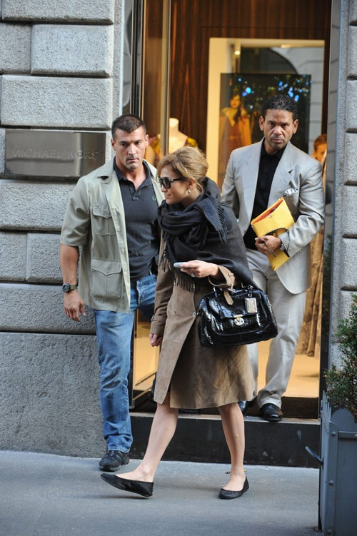 Jennifer Lopez Wears Flats… In Italy