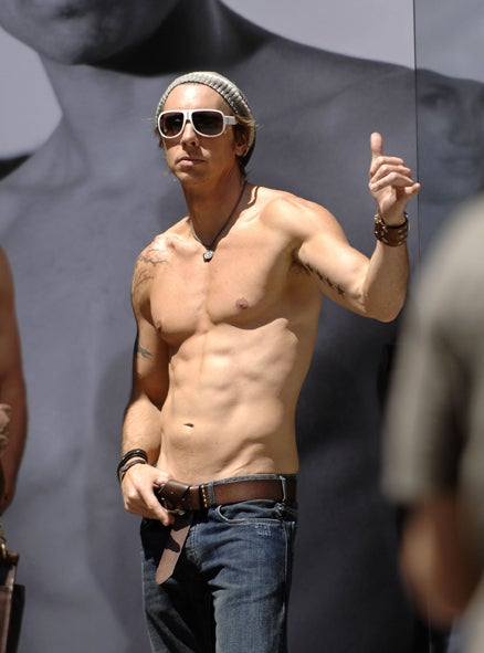 Dax Shepard: Shirtless, Cocksure & Surly