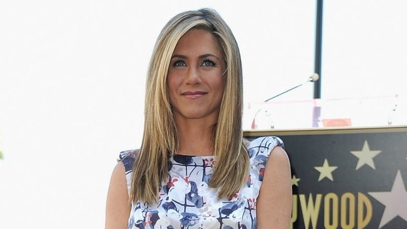 Jennifer Aniston Is Laughing At Her Mom All The Way To The Bank