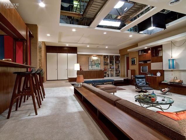 Behind The Scenes Photos Reveal The Secrets Of Mad Men Sets