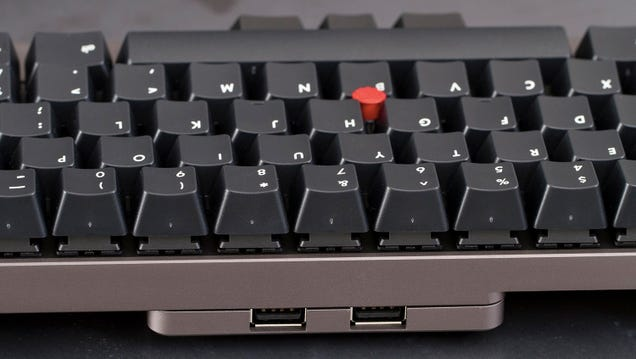 A Compact Semi-Portable Keyboard With Genuine Mechanical Keys