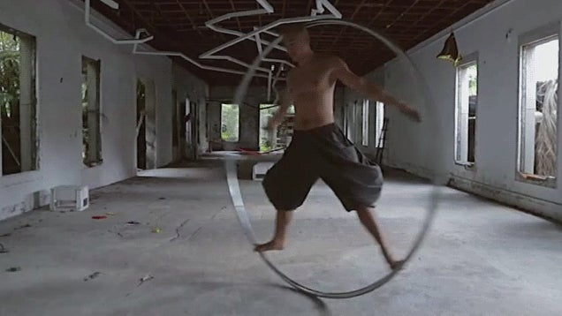 Let This Man Entertain You With His Giant Ring